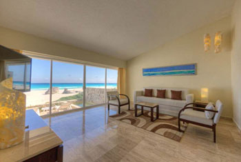 Villa Master Suite, Garden View - Grand Park Royal Cancun Caribe - Luxury All-Inclusive Resort